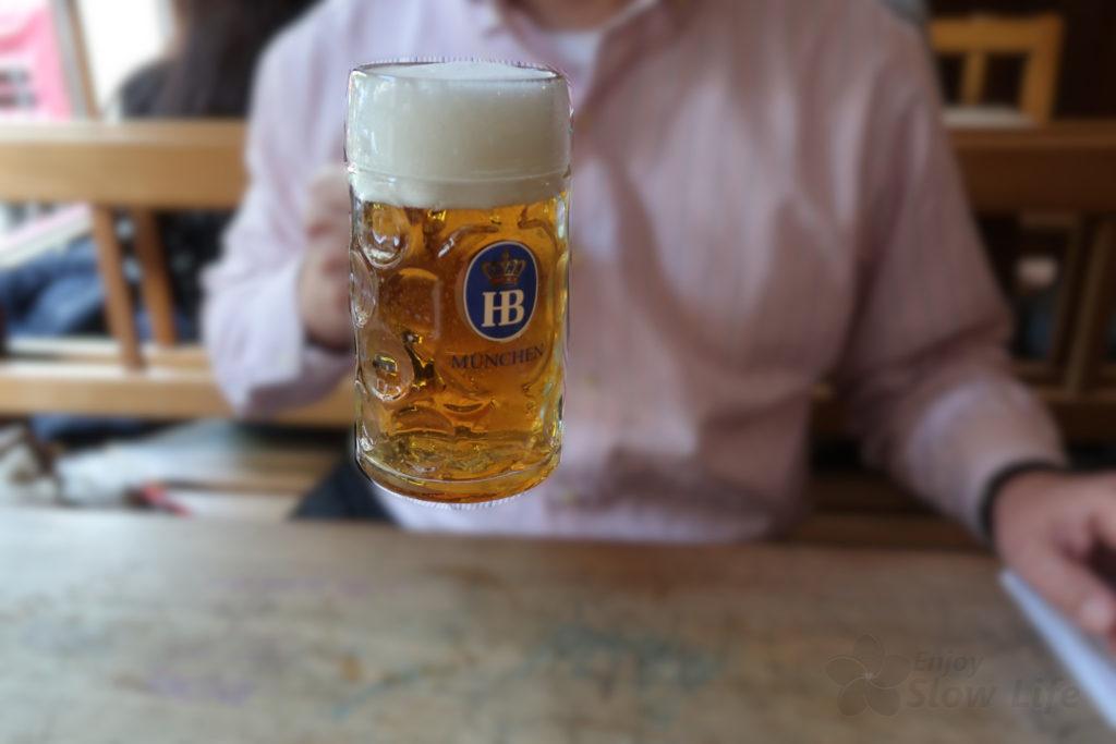 ホフブロイハウス 1リットルビール