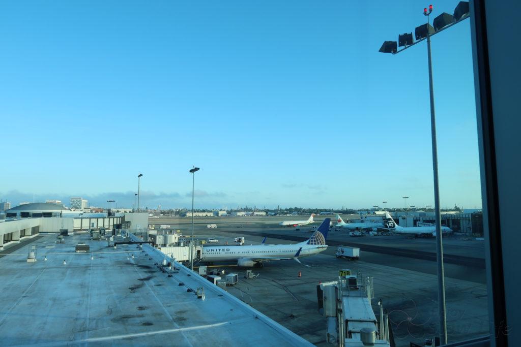 ロサンゼルス空港 ユナイテッドラウンジ