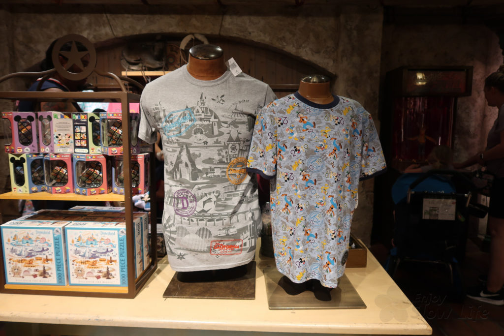 DLR オリジナルTシャツ WDWとお揃いを購入