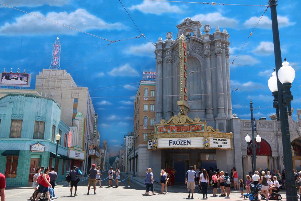 カリフォルニア・アドベンチャー ハリウッドランド アナ雪