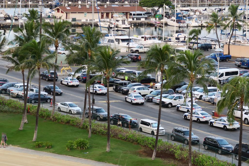 アラモアナブールバード駐車場